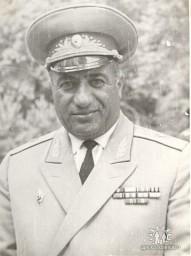 Начальник  АВОКУ  генерал В.Р. Власов.